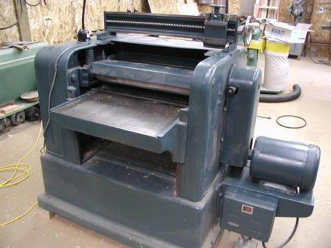 Powermatic 225 with Grinding Bar on Top